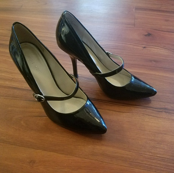 Nine West Black Leather Classic Pumps Heels Ladies Shoes NW7EARA